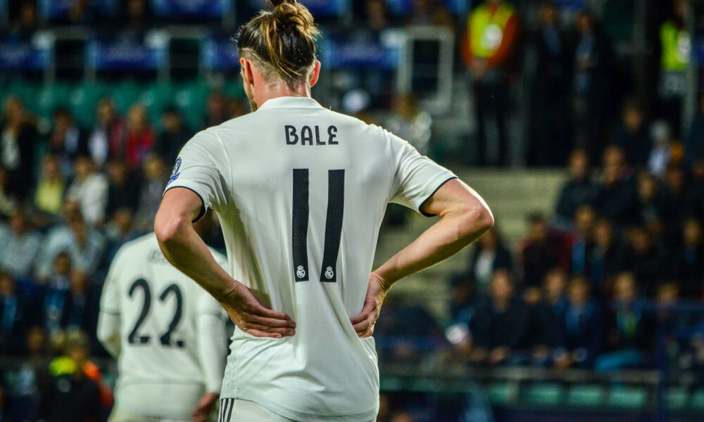 Tottenham sign Gareth Bale from Real Madrid on a season long loan